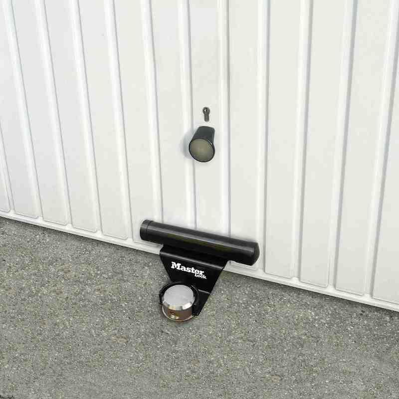 garage protector master lock 1488eurdat antivol porte de garage. Black Bedroom Furniture Sets. Home Design Ideas